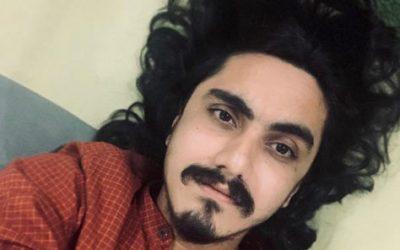 Aditya Gadhvi treats fans with a smooth rendition